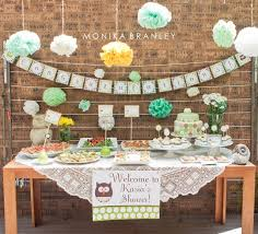 baby shower banner ideas on the table