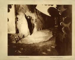 The Cabinet Of Doctor Caligari Online by Jan 2015
