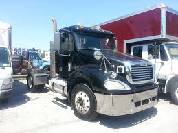 USED 2009 FREIGHTLINER COLUMBIA SINGLE AXLE DAYCAB FOR SALE IN NY #1031