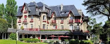 castel femme de chambre le castel louise hôtel de charme la baule hôtels barrière