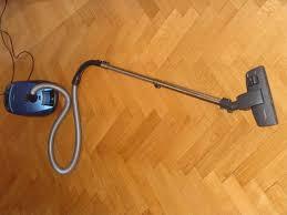 Best Vacuum For Laminate Floors Consumer Reports by Best 25 Hardwood Floor Vacuum Ideas On Pinterest Vacuums And