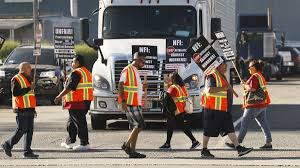 100 Trucking Strike LA And Long Beach Port Truckers And Warehouse Workers Begin Strike