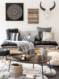 coussins canape coussins savoir mélanger les motifs coussin sur canapé