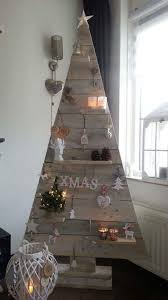 Welcome Guests To Christmas With This Amazing Tree Shelf