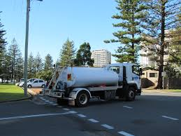 File:Gold Coast Rubbish Truck.jpg - Wikimedia Commons