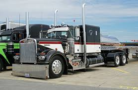 Pin By Ray Leavings On Kenworth | Pinterest | Rigs, Tractor And ... Amazoncom Wall Decor 1993 Blue Kenworth Semi Big Rig Diesel Truck 1973 Kenworth W924 Trucks Vintage And Classic Stereo Peterbilt Freightliner Intertional Fan 1996 W900 Semi Truck Item K3110 Sold January 2 164 Australian Freight Road Train With Dolly Highway Dakota Hills Bumpers Accsories Alinum Bumper Truck Trailer Transport Express Logistic Mack Which Is Better Or Raneys Blog Imo The Best Looking Everkenworth T908 Trucksim T600 Semi V1100 Mod Farming Simulator 2017 17 Pin By Wayne On Pinterest