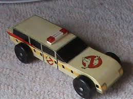 If You Have The Need For Pinewood Derby Speed Monkey Has Everything Find Kits Parts Free Car Designs Tips On Fast Cars