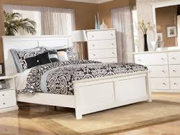 bostwick shoals queen panel bed by ashley home gallery stores
