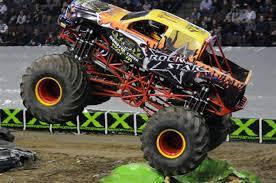 100 Monster Monster Truck CHAOS