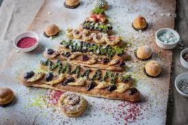 Christmas Tree Meringues Uk by Christmas Desserts Great British Chefs