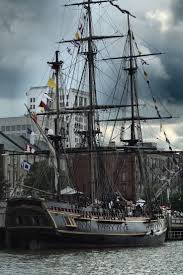 Hms Bounty Replica Sinking by 988 Best History Of Ships Images On Pinterest Sailing Ships