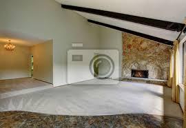 fototapete geräumige unmöblierte wohnzimmer interieur mit hohen gewölbten