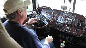 Truck Driver Skills: Shifting An 18 Speed: How To Skip Gears - YouTube