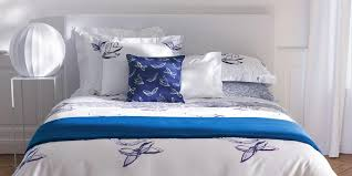Arranging Pillows Can Be A Fun And Affordable Way To Add Some Personality Your Bedroom Dcor From Minimalist Simplicity Over The Top Opulence