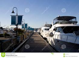 100 Lake Union Houseboat For Sale Boat Yard Editorial Photography Image Of Rich Expensive