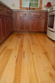 Long Plank Maple Wood Floors
