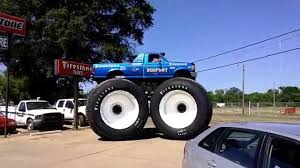BIGFOOT #5 Startup & Drive Off - Tallest Truck In The World (HD ... The Million Dollar Monster Truck Bling Machine Youtube Bigfoot Images Free Download Jam Tickets Buy Or Sell 2018 Viago Show San Diego Ticketmastercom U Mobile Site How Trucks Mighty Machines Ian Graham 97817708510 5 Tips For Attending With Kids Motsports Event Schedule Truck Wikipedia Just Cause 3 To Unlock Incendiario Monster Truck Losi 15 Xl 4wd Rtr Avc Technology Rc Dubs Sale Dennis Anderson Home Facebook