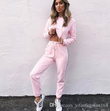 2018 WomenS Tracksuits Set Pink Crop Top And Pants Fashion 2017 Autumn Casual Lady Tumblr Long Sleeve Hoodies Suit From Yifanfenshun168
