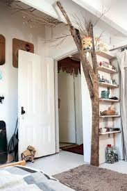deco tronc d arbre un tronc d arbre en déco intérieur