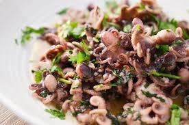cuisiner le poulpe poulpes marinés au citron vert et aux herbes à la plancha
