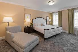 rooms at the raphael hotel in kansas city mo