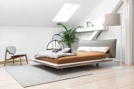 minimalistische betten für puristen schöner wohnen