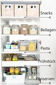 mehr ordnung in der küche vorratsschrank organisieren