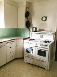 Create A 1940s Style Kitchen