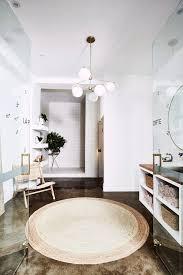declutter guide 7 tipps für mehr ordnung im badezimmer