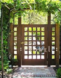 Decorative Garden Fence Panels Gates by Best 25 Lattice Fence Panels Ideas On Pinterest Fence With
