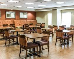 Hometown Flooring Sanford Nc by Pet U0026 Dog Friendly Hotels In Fayetteville Nc U2014 Choice Hotels