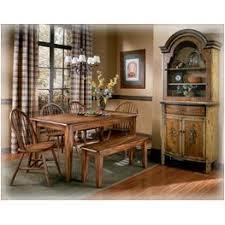 D199 25 Ashley Furniture Berringer