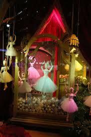 Whoville Christmas Tree Edmonton by 9 Best Store Concept Images On Pinterest Retail Design Shop