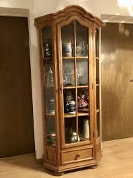 vitrine schrank esszimmer eckschrank glasvitrine braun holz