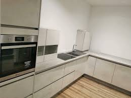 nobillia küche grifflos weiss grau betonoptik