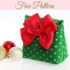 How To Make A Gift Bag DIY Christmas Gift Bags FREE TEMPLATE TREASURIE