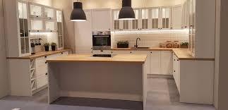 küche küchenzeile l küche mit insel inkl geräte landhaus küchenblock soft