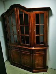 wohnzimmer esszimmer schrank glasvitrine vitrine antik