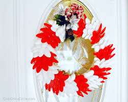 Holiday Wreath Craft Idea With Plastic Spoons