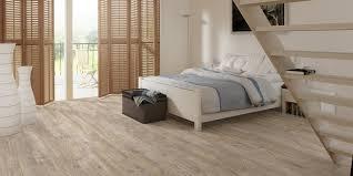 chambre parquet chambre a coucher en bois 3 stratifi233 le guide du parquet