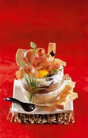cuisiner un foie gras cru recette oeuf cocotte au jambon cru et au foie gras la recette facile