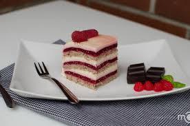 Raspberry Vanilla Cream Cake Recipe