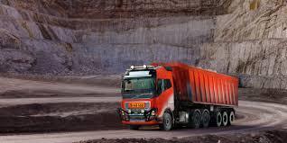 100 Volvo Truck Center S Provides Autonomous Transport Solution To