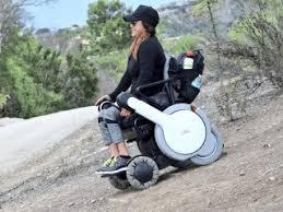 fauteuil tout terrain electrique un fauteuil roulant électrique innovant capable d aller sur tout