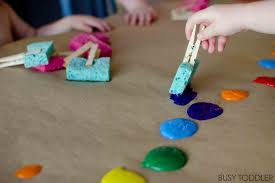 SPONGE PAINTING Simple Process Art That Toddlers Will Love An Easy Activity For