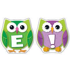 Colorful Owl Wel e Bulletin Board Set