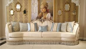 casa padrino luxus barock wohnzimmer sofa beige silber 300 x 95 x h 115 cm prunkvolles sofa im barockstil edle barock wohnzimmer möbel