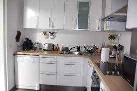cuisine blanche plan travail bois charmant cuisine ikea blanche et bois avec plan de travail bois
