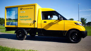 100 German Trucks Deutsche Post Has Built Its Own Electric Trucks Quartz