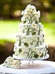 Daisies Vines Wow What A Cake Beautiful I Wonder If It